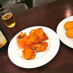 PEGASUS CLUB - ビュッフェスタイルの料理