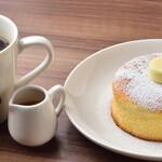キーズカフェ - スフレパンケーキ