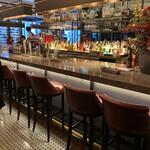Ironbark Grill & Bar - 店内カウンター席