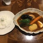 ルッカパイパイ - 料理写真:チキンベジタブルカレー ライス少なめ