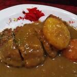 マロン3世 - 料理写真:カツカレー