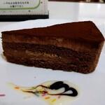 127152507 - チョコレートケーキ