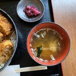 とんかつ ソースかつ丼 きらく - 料理写真: