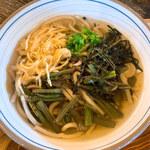 六六庵 - 料理写真:山菜祖谷蕎麦
