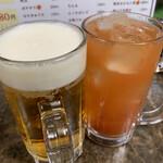 たちのみねこ - 生ビール(中) 200円・トマトチューハイ280円
