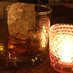 デカメロン - ギリシャの酒「メタクサ・グランド・オリンピア」。ブランデー。