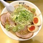 ごっつ - しょうゆ味玉子ラーメン(850円)