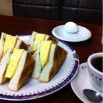コーヒー専門店 ライオン - 珈琲とエッグトースト