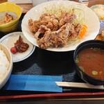 ごはん処 笑和 - 料理写真:唐あげ定食(しょうゆ)