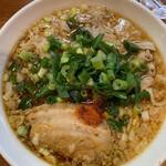 辛口炙り肉ソバ ひるドラ - 料理写真:辛口炙り肉そば(辛さレベル1)   780円(税込)