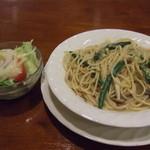 洋食のみかさ - きのこのスパゲティ サラダ付き