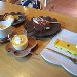Sumi Cafe - 注文したデザートの全貌