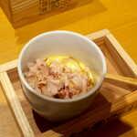 土佐清水ワールド - 宗田節をトングでつかみ、好きなだけ茶碗蒸しの上に! 旨味倍増です