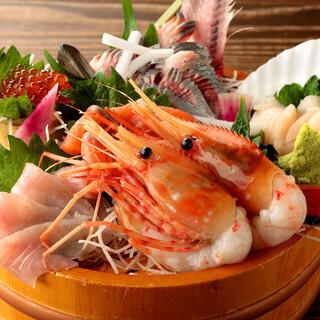 北海道八雲町から直送の新鮮魚貝類の数々をご堪能あれ!