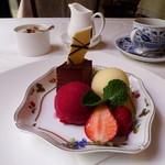 キュイエール・ダルジャン - 美味しいコーヒーとデザート