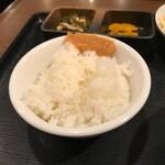 ちゃんぷるぅ家 - ご飯には脂味噌