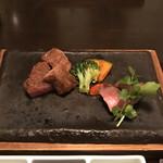 銀座みやま - 壱岐牛の炭火焼ステーキ。                                 美味し。