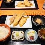 127289752 - 京ばし松輪のアジフライ定食/ライス/お味噌汁/大根おろし/小鉢/お漬物付き