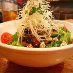 ネギッチン negi negi - 棒棒鶏サラダ