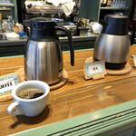 ティスカリ - 食後はセルフサービスですが、ランチにコーヒーがつくようになりました。