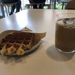 ブルーボトルコーヒー 目黒カフェ -
