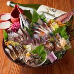 産直青魚専門 池袋 御厨 - 名物 鯖尽くし