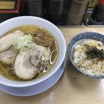 友愛亭 - カミソリパンチと特製バタめしセット