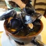 トラットリア イル・パチョッコーネ - ムール貝の白ワイン蒸し
