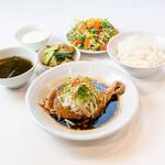 青山シャンウェイ - 柔らか蒸し鶏のネギ醤油定食