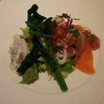 127333714 - 海の幸と野菜のもりあわせサラダ
