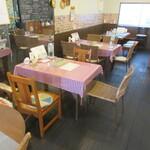 イタリアンバル SAMURAI - テーブル席♪