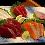 蔵元居酒屋 清龍 - おまかせ鮮魚5品盛り合わせ