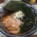 ラーメン丸仙 - 料理写真:支那そば(わかめトッピング)