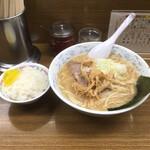 Hokkaidouramenrairaiken - 味噌ラーメン 850円             半ライスはサービス