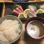 日本酒原価酒場 元祖わら屋 - 料理写真: