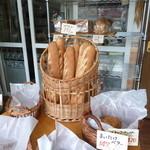 高原のパン屋 麦の家 - 店内