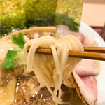 127371192 - 麺