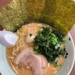 横浜家系ラーメン 魂心家 - 料理写真:ワタシのラーメン味噌味にしましたよ。