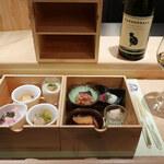 dashi-sai ゆかり - ご自慢の木製2段の引き出し箱