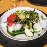 127391242 - 季節野菜のサラダ仕立て
