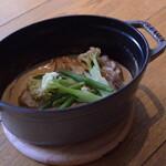 レストラン パントリー - 鶏ももポルチーニクリーム煮