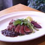 レストラン パントリー - 内モモ炭窯ステーキ