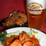 ファミリーチューカ なかむら - 料理写真:満点生ビール&お手軽唐揚げ&海老チリソース