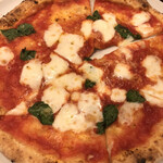 cervo bianco - ピザランチにてマルゲリータ