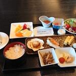 レストラン J - 料理写真:朝食 和食 2,000円(税込)