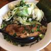 富士らーめん - 料理写真:らーめんキャベツとマー湯のせ970円