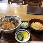 そば処しらかわ - 料理写真:キスといか、野菜の天丼セット(冷たいおそば)¥950
