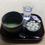 しまばら水屋敷 - かんざらし&抹茶のセット 880円