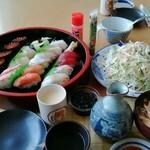 宝寿し - 料理写真:寿司以外のサラダと炭水化物はワシの好きなヤツッス!