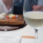 ビストロアム - 今日は白ワイン